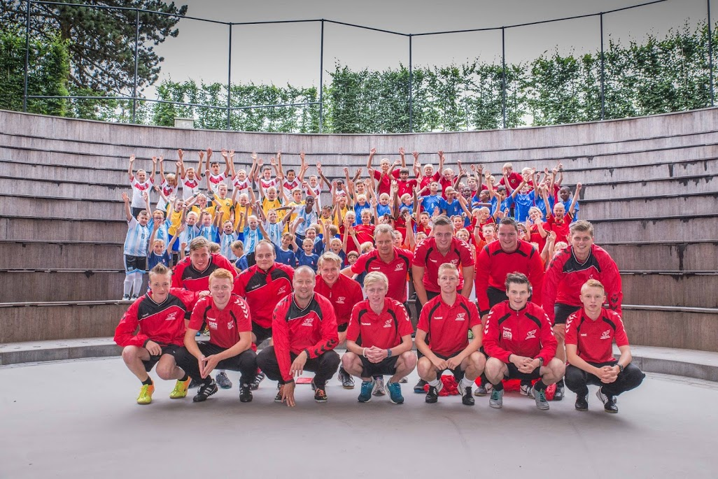 Crew-Voetbal-en-fun-camp-1